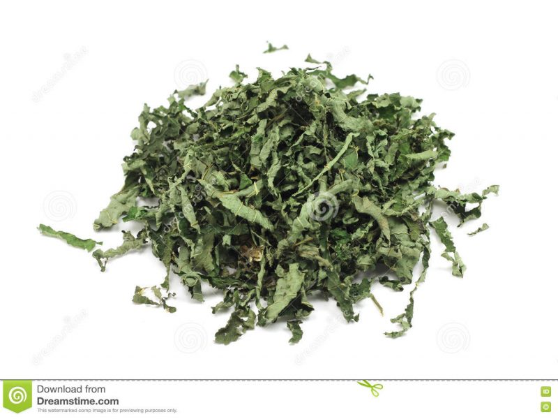 Peppermint leaves crushed