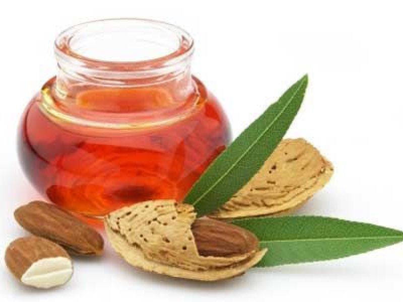 Ditter almond tree oil